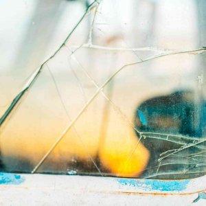 broken side window repair